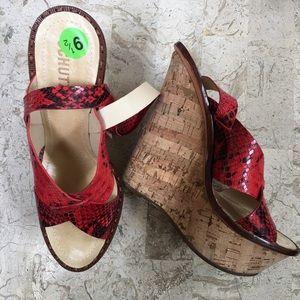 Schutz Open Toe Platform Wedge Sandal Leather